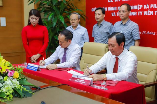 Agribank và MobiFone ký kết thỏa thuận hợp tác - Ảnh 1.