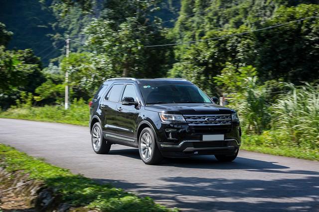 Ford Explorer nâng cấp nhẹ tại Việt Nam: Tiện nghi hoàn thiện, giá bán hấp dẫn - Ảnh 1.