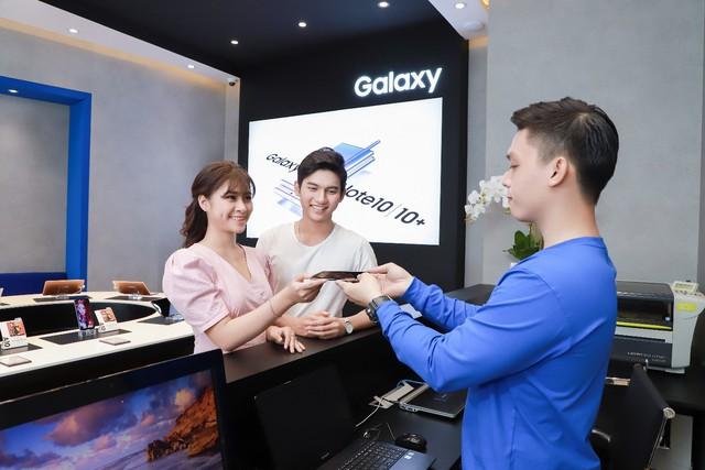 Một ngày khám phá cửa hàng trải nghiệm Samsung chuẩn quốc tế vừa ra mắt - Ảnh 6.