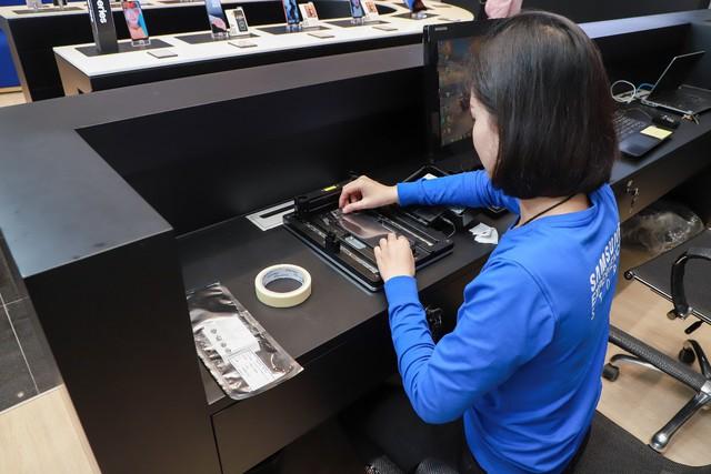 Một ngày khám phá cửa hàng trải nghiệm Samsung chuẩn quốc tế vừa ra mắt - Ảnh 7.