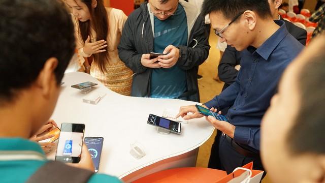- photo 2 1565170151157110410573 - Viettel là nhà mạng tiên phong ra mắt công nghệ 5G tại Myanmar