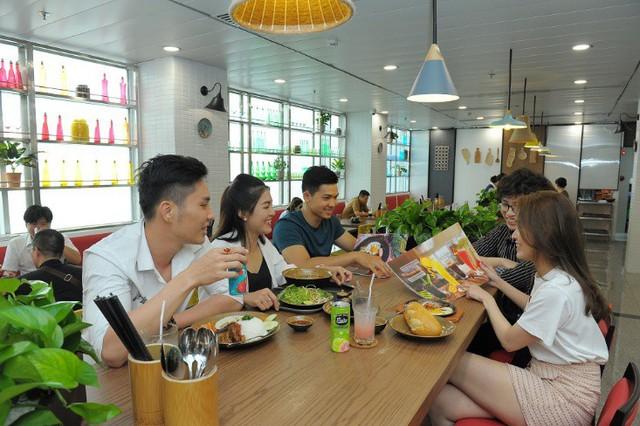 Cuisine De Saigon: Trải nghiệm ẩm thực Sài Gòn đặc sắc tại Tân Sơn Nhất - Ảnh 2.  Cuisine De Saigon: Trải nghiệm ẩm thực Sài Gòn đặc sắc tại Tân Sơn Nhất photo 2 15681052197131942318518
