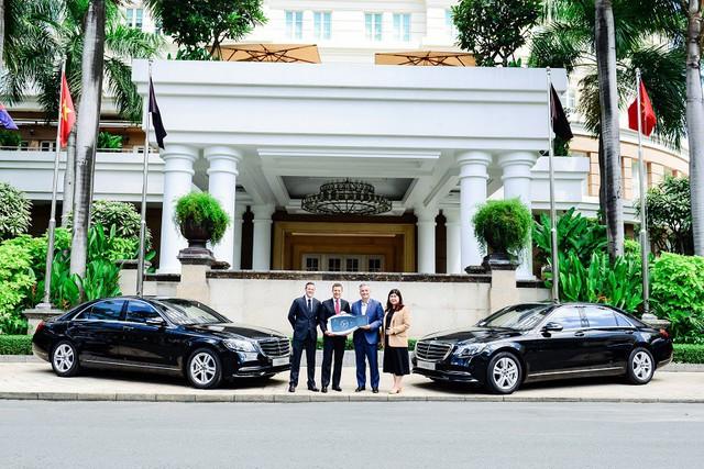 Mercedes-Benz Việt Nam bàn giao xe sang S 450 L cho khách sạn Park Hyatt Saigon - Ảnh 3.