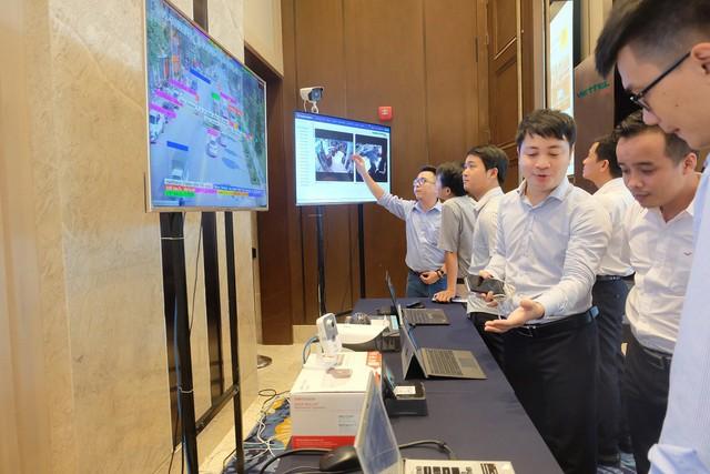 Viettel IDC: Nhà cung cấp dịch vụ điện toán đám mây đạt giải thưởng chuyển đổi số 2019 - Ảnh 1.