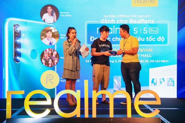 Không khí sôi động trong sự kiện offline Realfans trước ngày ra mắt Realme 5 series tại Việt Nam - Ảnh 9.