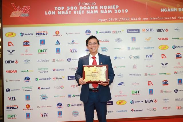 Dược Hậu Giang nhận loạt giải thưởng từ Vietnam Report và Forbes - Ảnh 1.