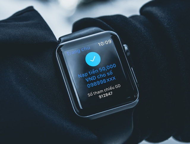 Ứng dụng ngân hàng trên Apple Watch - Bước tiến mới trong cuộc đua phát triển dịch vụ ngân hàng số - Ảnh 2.