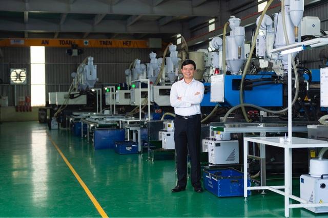 SUNHOUSE tiếp tục lọt Top 500 Doanh nghiệp lớn nhất Việt Nam 2019 - Ảnh 1.