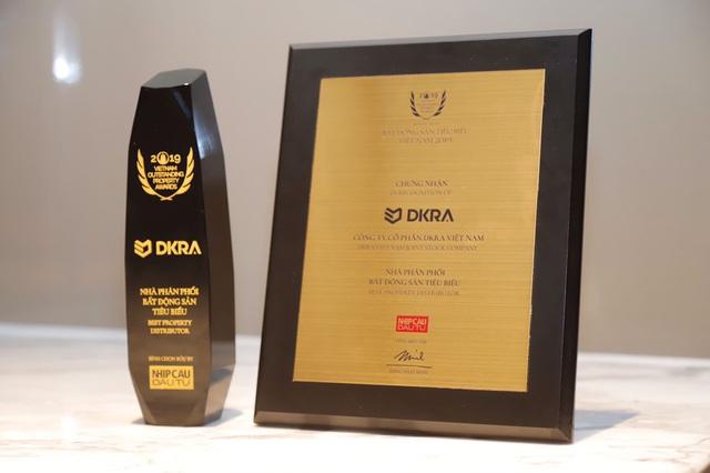 """DKRA Vietnam giữ vững danh hiệu: """"Nhà phân phối Bất động sản tiêu biểu"""" 3 năm liên tiếp - Ảnh 1."""
