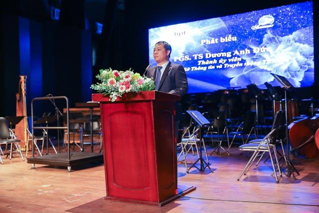 Thứ trưởng Bộ Thông Tin & Truyền thông trao bằng khen cho HPT Việt Nam nhân lễ kỉ niệm 25 năm thành lập - Ảnh 3.