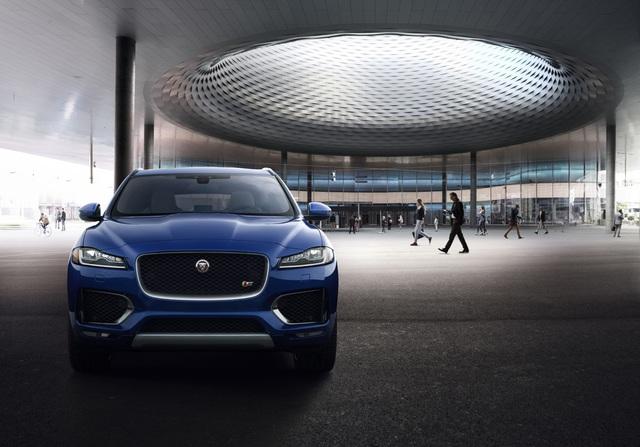 Jaguar F-Pace – Chiến mã của những người đam mê tốc độ và tính thẩm mỹ - Ảnh 1.