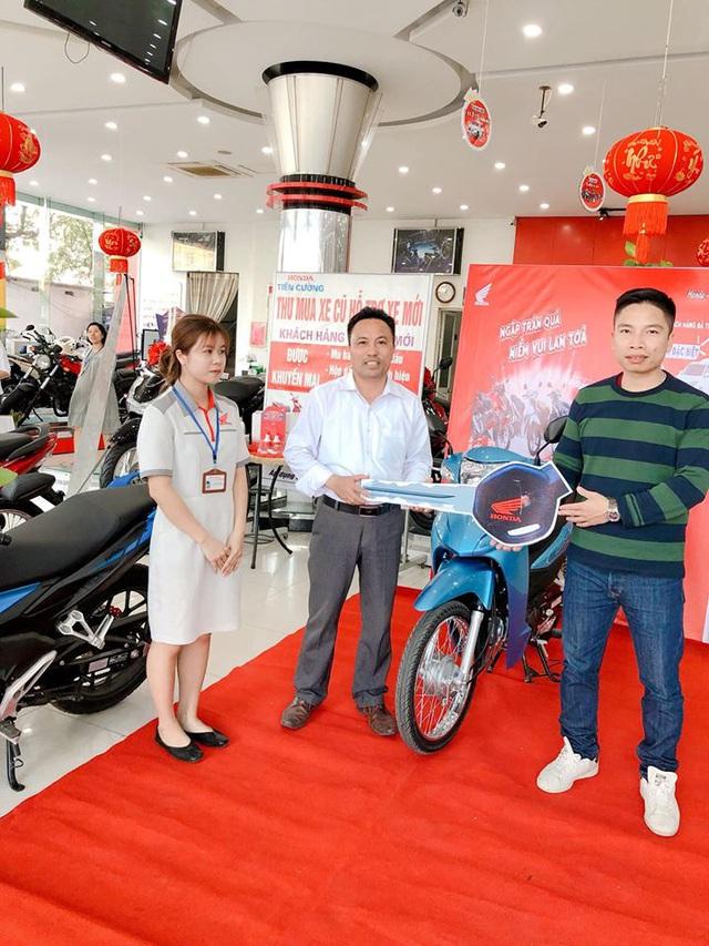 Gần 100.000 khách Việt nhận quà khủng khi mua xe máy Honda, 3 người trúng cả ô tô hơn 800 triệu đồng - Ảnh 1.