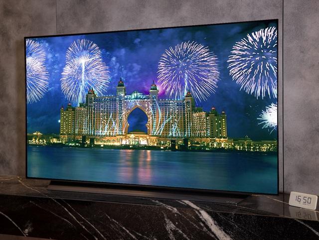 Được nhiều giải thưởng trong nước và quốc tế, TV LG OLED C9 được người mua săn lùng dịp Tết - Ảnh 1.