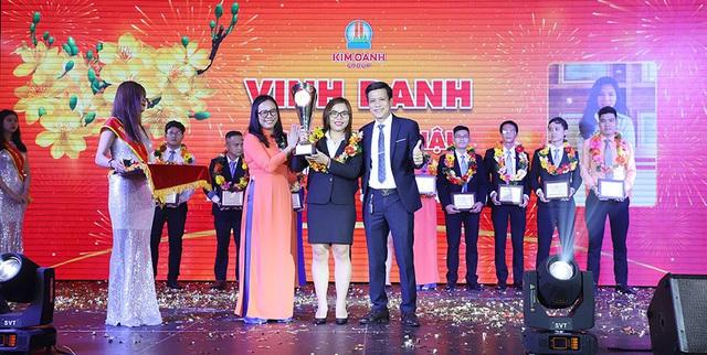 """1.000 nhân viên tham dự gala """"Xuân Khát Vọng"""" của Kim Oanh Group - Ảnh 2."""