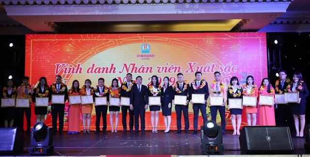 """1.000 nhân viên tham dự gala """"Xuân Khát Vọng"""" của Kim Oanh Group - Ảnh 5."""