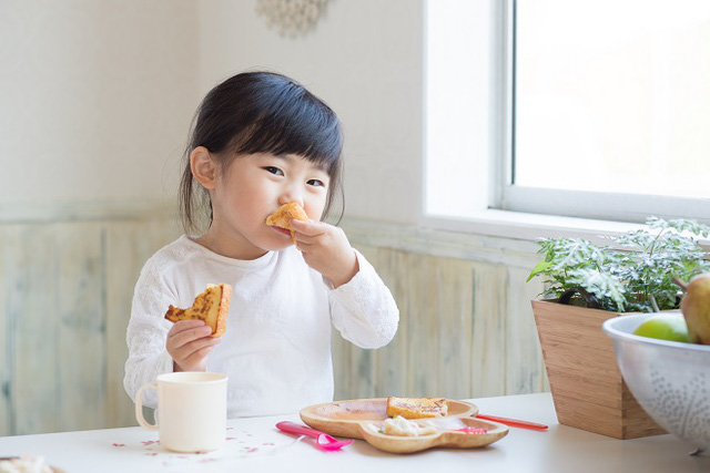 """Chọn sữa dưỡng chất tốt từ Nhật Bản: """"nhiệm vụ"""" có… khả thi? - Ảnh 1."""