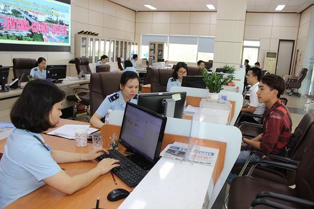 OCB triển khai dịch vụ thu thuế hải quan điện tử - Ảnh 1.