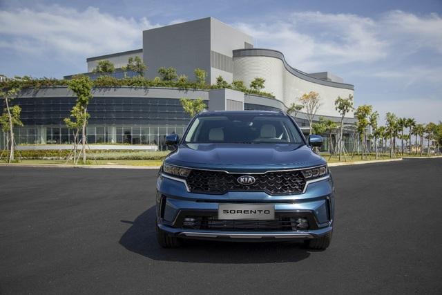 Kia Sorento 2021 - SUV 7 chỗ đa dạng phiên bản cho khách hàng Việt - Ảnh 4.