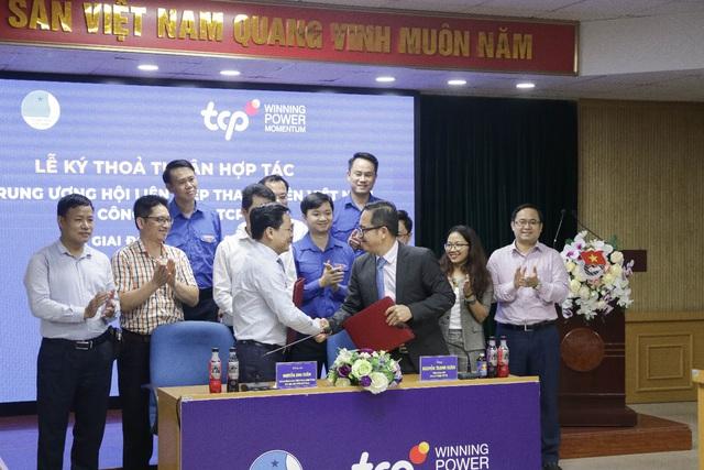 Trung ương Hội LHTN Việt Nam và Công ty TNHH TCPVN ký thỏa thuận hợp tác - Ảnh 1.