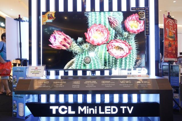 Sự kiện trưng bày sản phẩm QLED 2020 của TCL thu hút đông đảo khách hàng tham gia - Ảnh 2.