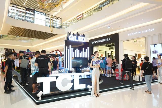 Sự kiện trưng bày sản phẩm QLED 2020 của TCL thu hút đông đảo khách hàng tham gia - Ảnh 3.
