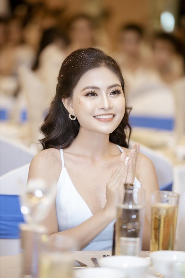 Hành trình sáng lập thương hiệu nước hoa vùng kín S.A.Y của nữ CEO Huỳnh Thị Mỹ Tiên - Ảnh 3.