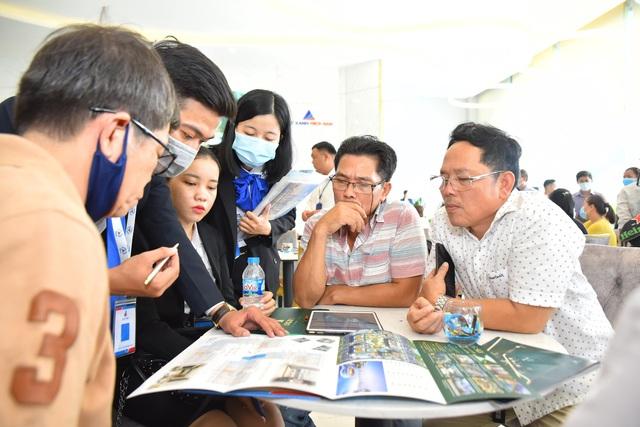 Giới đầu tư đua nhau về cửa ngõ Đông Sài Gòn đầu tư bất động sản - Ảnh 1.
