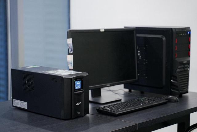 Trải nghiệm APC Smart-UPS SMC1000IC: Bộ lưu điện kết nối đám mây giúp theo dõi UPS từ xa, mọi lúc mọi nơi, trên mọi thiết bị - Ảnh 8.
