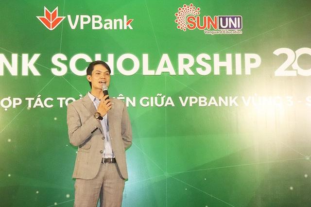 SunUni - VpBanK Scholarship 2020 hỗ trợ 300 suất học bổng trị giá 10,8 tỷ đồng cho giáo dục tiếng Anh - Ảnh 1.