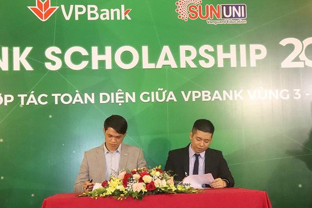 SunUni - VpBanK Scholarship 2020 hỗ trợ 300 suất học bổng trị giá 10,8 tỷ đồng cho giáo dục tiếng Anh - Ảnh 2.