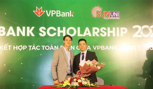 SunUni - VpBanK Scholarship 2020 hỗ trợ 300 suất học bổng trị giá 10,8 tỷ đồng cho giáo dục tiếng Anh - Ảnh 3.