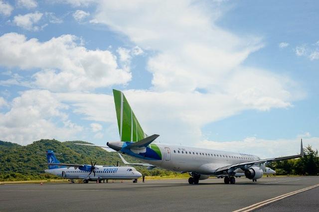 Chủ tịch Bamboo Airways cùng hành khách bay thẳng Hà Nội - Côn Đảo ngày khai trương - Ảnh 2.