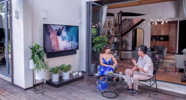 Vì sao bạn lại cần một chiếc TV thách thức thời tiết? Hãy để siêu mẫu Hà Anh trả lời! - ảnh 2