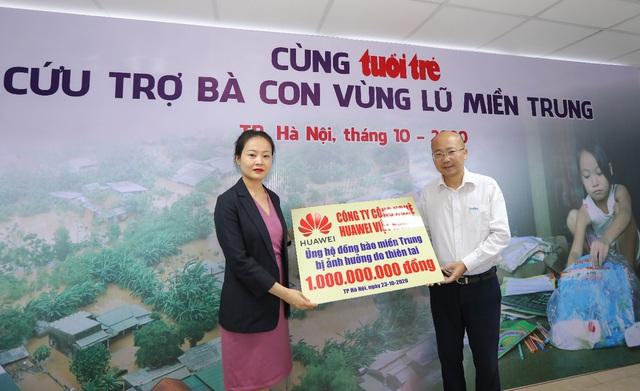 Huawei Việt Nam chung tay ủng hộ đồng bào miền Trung 1 tỷ đồng - Ảnh 2.