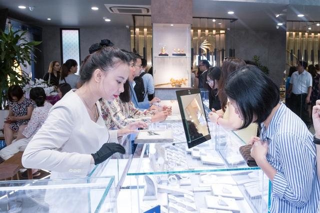 PNJ trở thành doanh nghiệp xuất sắc nhất ngành kim hoàn Châu Á – Thái Bình Dương - Ảnh 2.