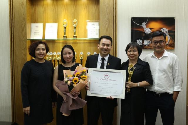 PNJ trở thành doanh nghiệp xuất sắc nhất ngành kim hoàn Châu Á – Thái Bình Dương - Ảnh 3.