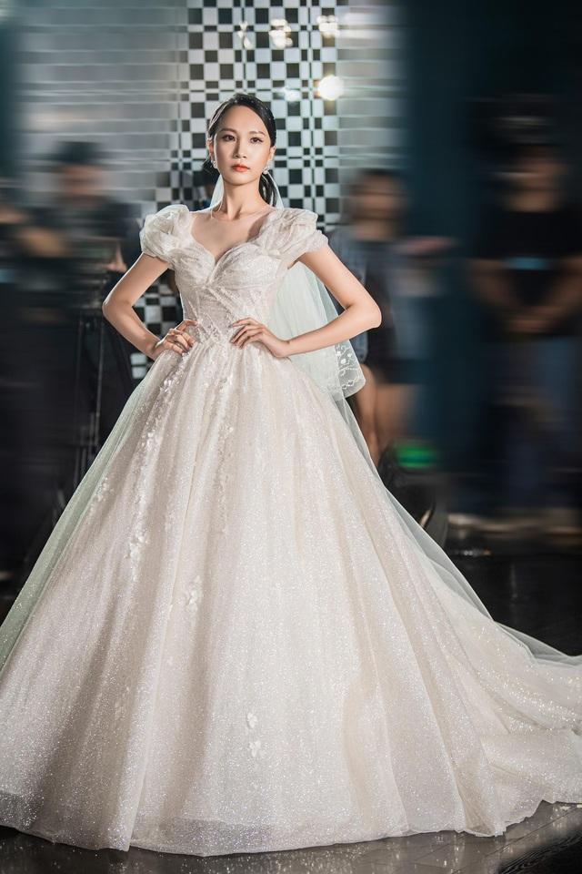 Á hậu Hoàng Anh hóa cô dâu lộng lẫy với váy cưới đính 50.000 viên pha lê Swarovski - ảnh 11