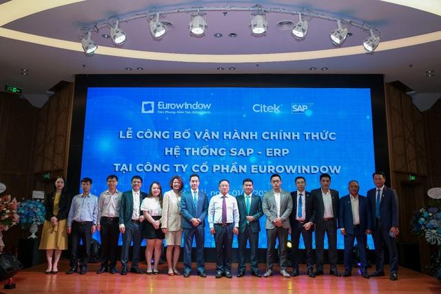 Ban lãnh đạo Eurowindow, SAP và Citek tại buổi lễ vận hành
