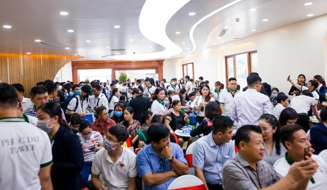 Hàng trăm khách hàng tham quan căn hộ mẫu dự án Phuc Dat Tower - Ảnh 1.