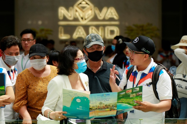 Novaworld Phan Thiet đón hàng ngàn khách hàng đầu tiên tham quan dự án - Ảnh 1.
