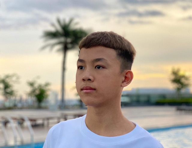 Nguyễn Bảo Quý: 10X sở hữu kênh Youtube AFK Quý11N TV đạt nút bạc - Ảnh 4.