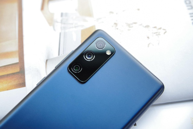 Galaxy S20 FE - chiếc smartphone đúng là sinh ra để dành cho các fan muốn tìm kiếm sự đột phá - Ảnh 1.