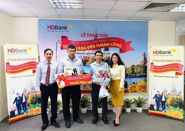 HDBank dành hơn 1,2 tỷ đồng tri ân khách hàng doanh nghiệp dịp cuối năm - Ảnh 1.