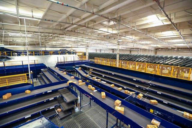 Nhượng quyền bưu cục chuyển phát nhanh - Mô hình kinh doanh mới đầy triển vọng - Ảnh 1.