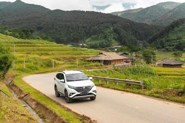 Đuổi theo mùa vàng Mù Cang Chải cùng Toyota Rush - Ảnh 3.