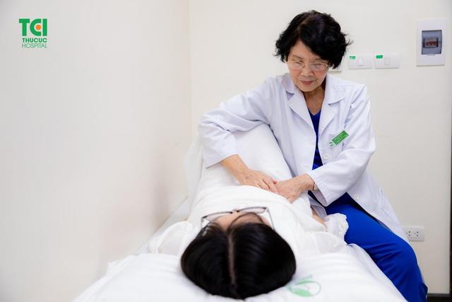 Đau tức ngực: Ngỡ bệnh tim không ngờ căn bệnh thầm lặng khác - Ảnh 1.