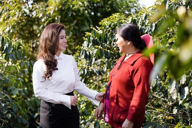 Nữ CEO đầu tiên trong ngành cà phê Việt Nam nhận giải thưởng Nữ CEO truyền cảm hứng toàn cầu - Ảnh 2.
