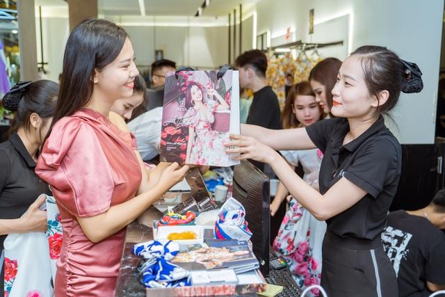 NEVA khiến các tín đồ thời trang Hà Nội - HCM náo loạn với hàng loạt showroom mới - Ảnh 1.