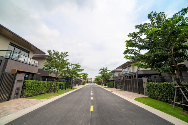 Nam Long (HOSE: NLG) bàn giao sản phẩm đầu tiên thuộc Khu đô thị Waterpoint - Ảnh 3.