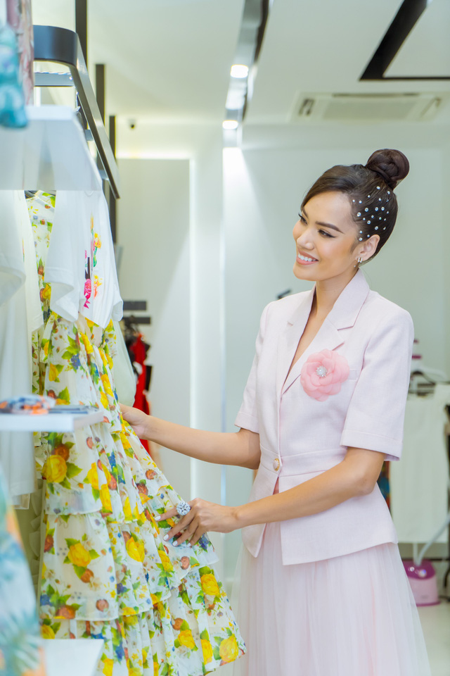NEVA khiến các tín đồ thời trang Hà Nội - HCM náo loạn với hàng loạt showroom mới - Ảnh 3.